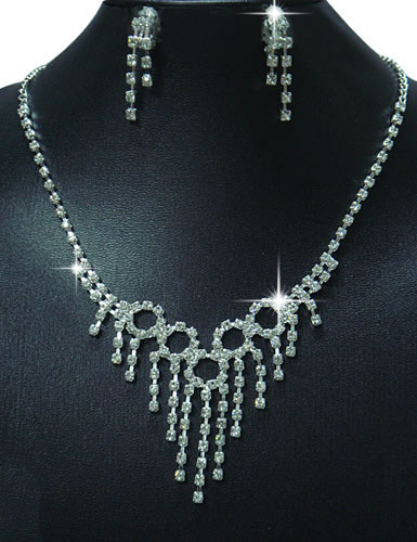 Sexy Rhinestone Necklace Set with Earrings